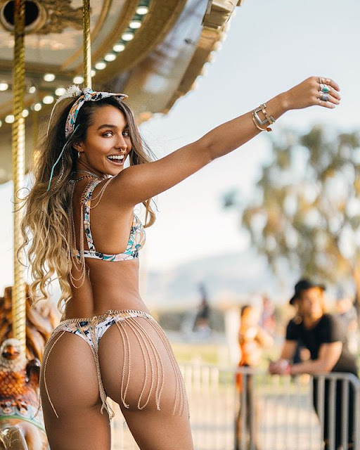 Sommer Ray Hot & Sexy pics