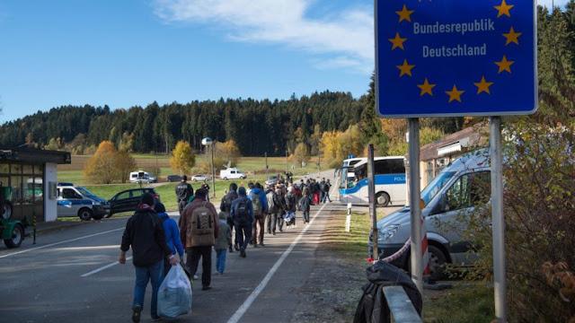 Η πολιτική της Μέρκελ για το προσφυγικό δεν υποκινείται από ηθικούς παράγοντες