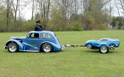 Creative Car Trailers and Cool Motorbike Trailers (15) 8