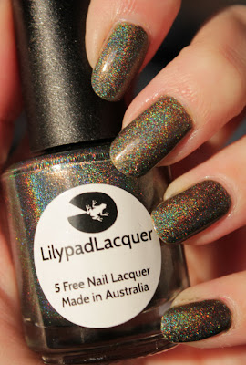 http://lacquediction.blogspot.de/2015/08/lilypad-lacquer-wild-at-heart.html