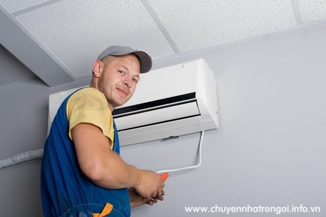 thợ tháo lắp máy lạnh