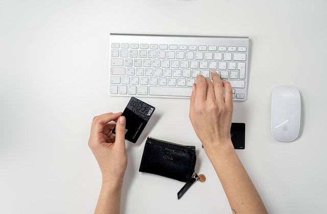 white keyboard and mouse black visa credit card and wallet