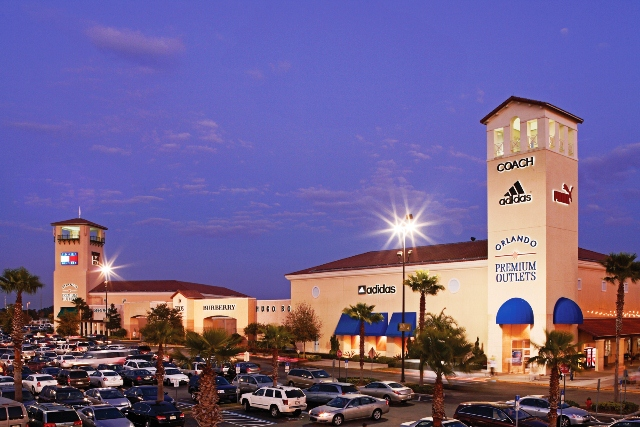 Central Florida's largest shopping center is just 25 minutes from Walt Disney World Resort and Orlando International Airport. In addition to market exclusives that include Crayola Experience and M&M's World, it hosts a range of best-of-brand retailers.