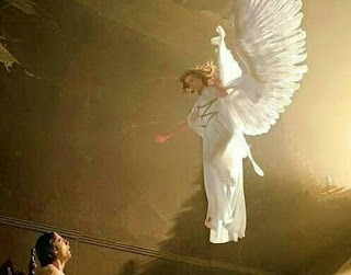 angel descending