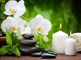 Massage with Hot Stone - Spiral Spa