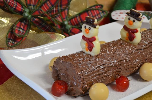 como hacer tronco de navidad, receta tronco navidad, tronco de navidad, tronco de navidad de chocolate, tronco de navidad de Nutella, tronco de navidad fácil, tronco de navidad receta, las delicias de mayte,