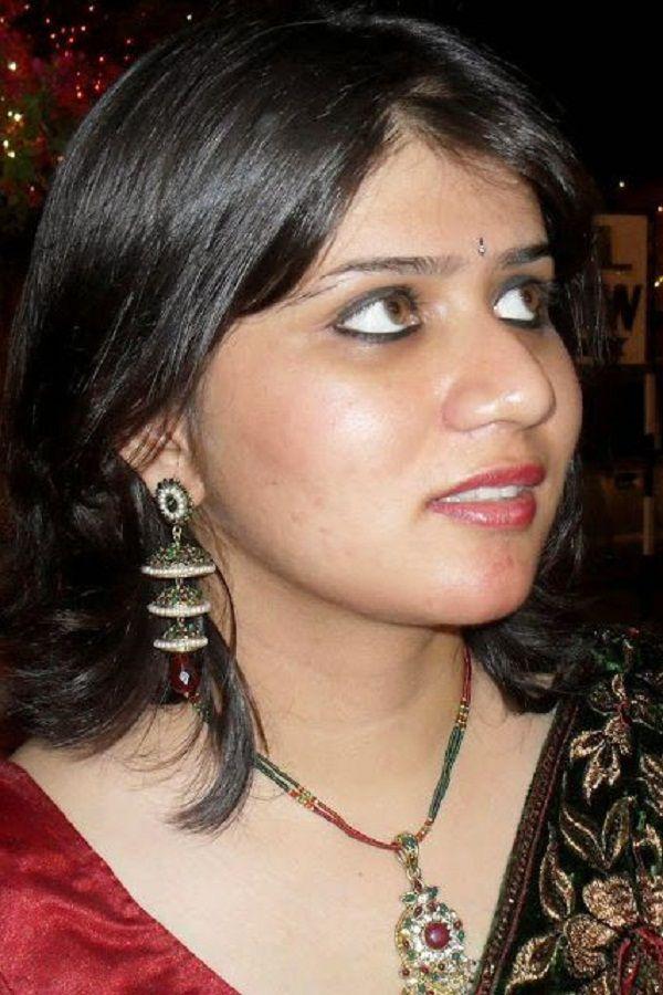 Desi bhabhi ji sleeping devar secretly plays juicy wet pussy 8