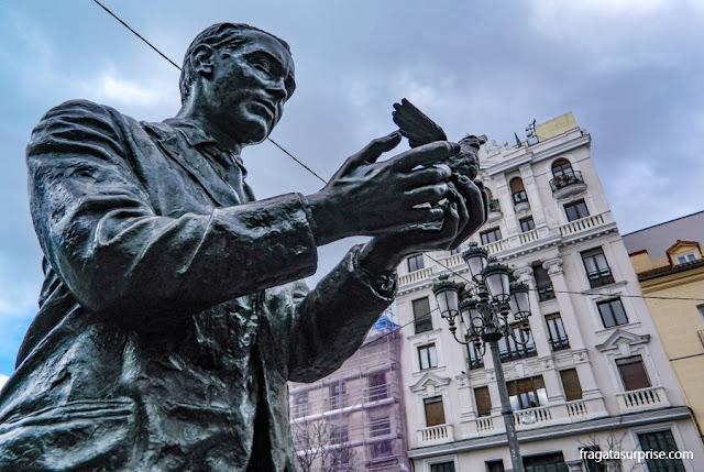 Estátua de Garcia Lorca, Bairro das Letras, Madri