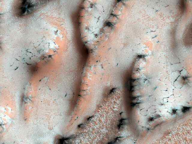 Sublimation of ice in martian spring season