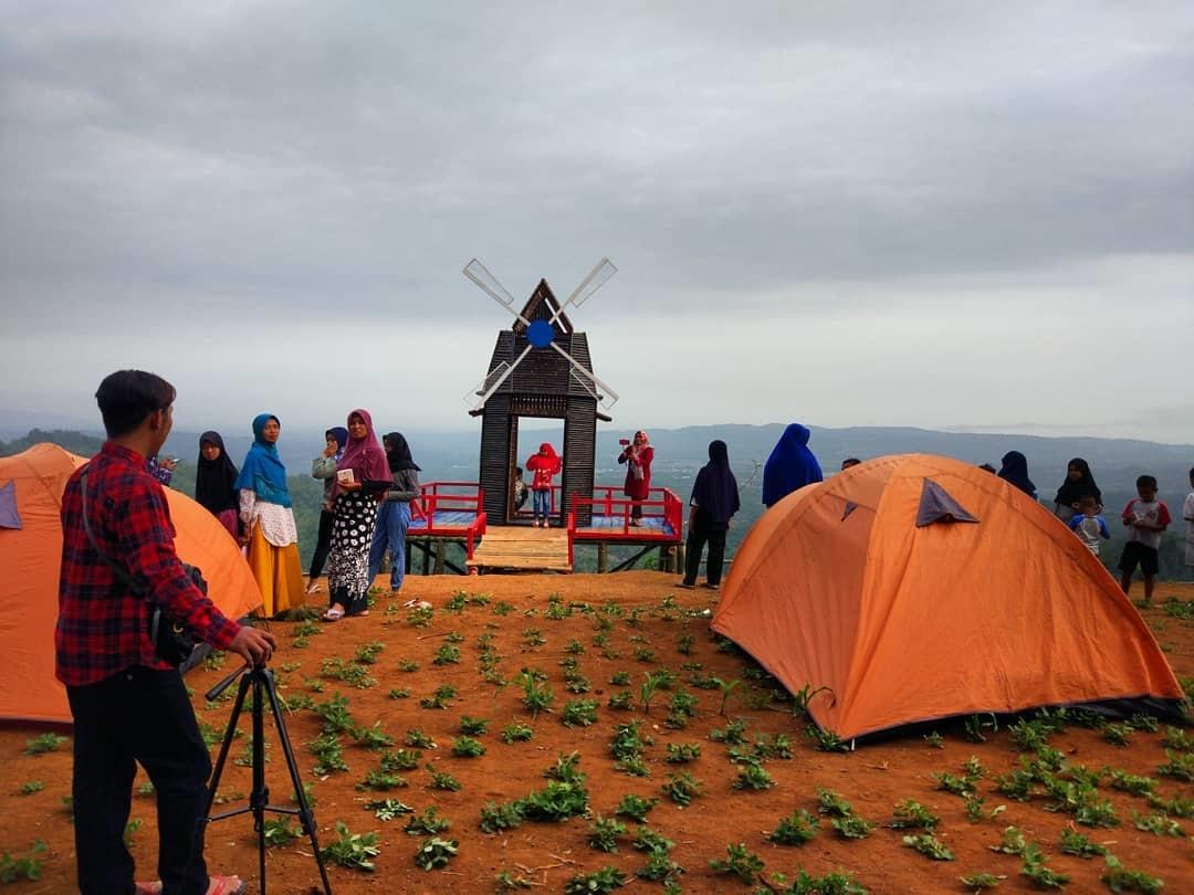 Wisata Gunung Batur Lumbir