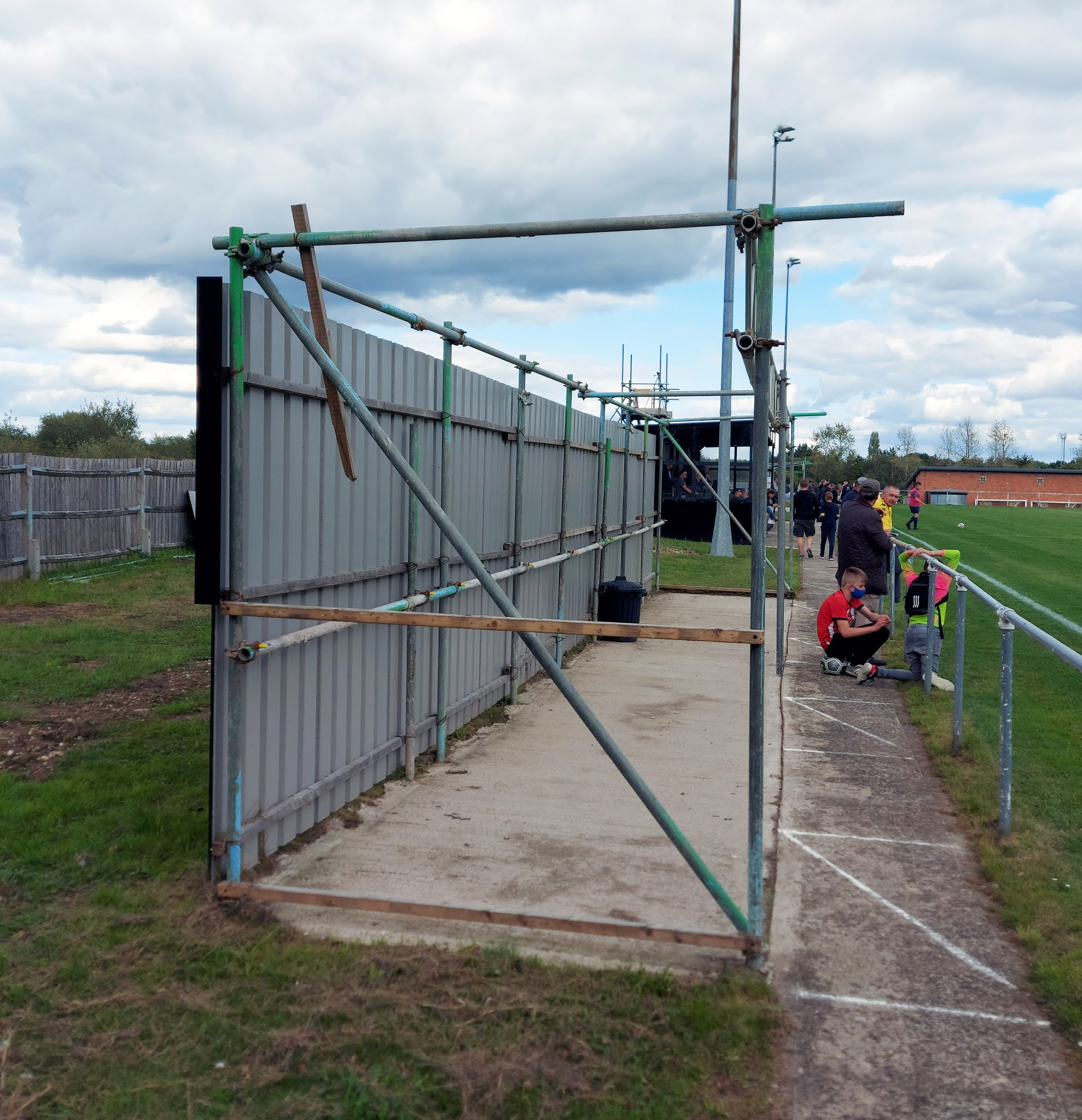 Spectator standing area at Barlow's Park