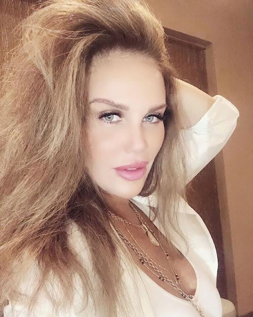 Nicole Saba Photos