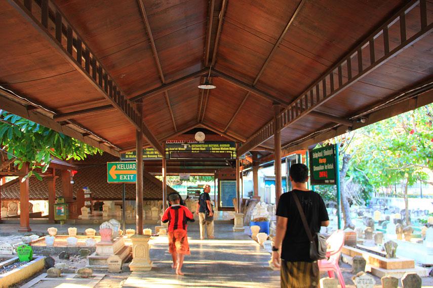 Lokasi ziarah makam Sunan Bonang
