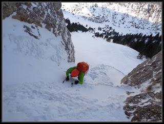 Escalando en Rioseta, corredor Noroeste del Águila