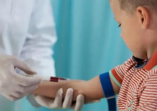 أسباب ارتفاع نسبة الكوليسترول في الدم عند الأطفال