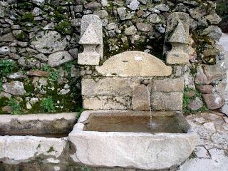 fuente en el valle del jerte
