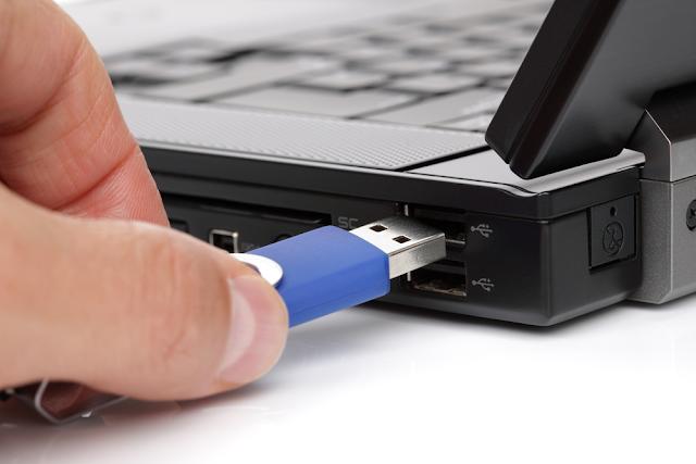 في هذا المقالة ، سوف تكتشف كيفية إصلاح مفتاح USB الخاص بك من الألف إلى الياء عن طريق معالجة مختلف الأخطاء التي يمكن أن تحدث مع مفتاح USB الخاص بك أو مع ذاكرة فلاش.
