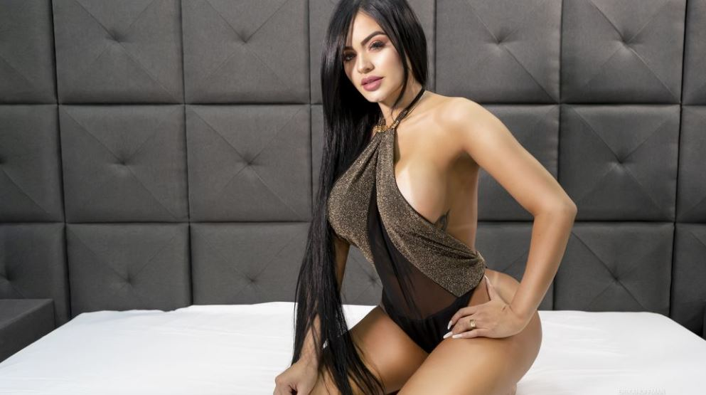https://www.glamourcams.live/chat/ErikaHoffman
