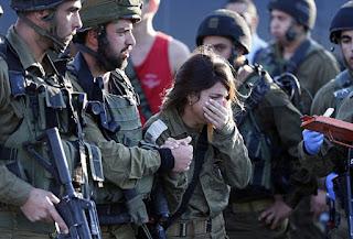 tentara yahudi menangis
