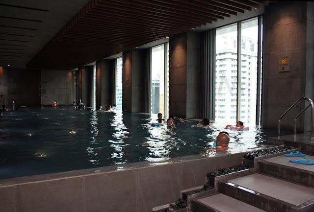 Marco Polo Ortigas Manila Swimming Pool