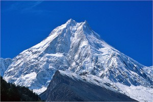 8. Gunung Manaslu (8163m), Nepal