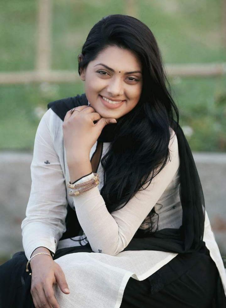 Nusrat Imrose Tisha Best Photo 2