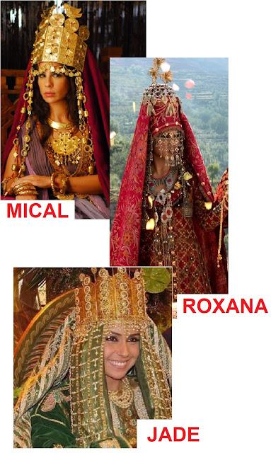 três personagens mical, roxana e Jade e suas roupas de casamento
