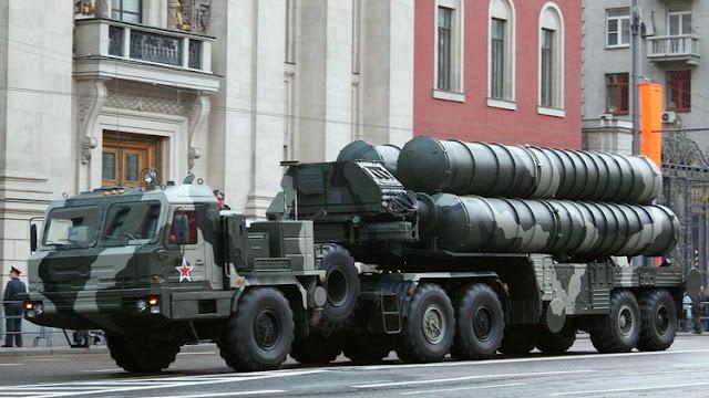 """El Ejército ruso contará en un """"futuro próximo"""" con un nuevo sistema antimisiles hipersónico"""