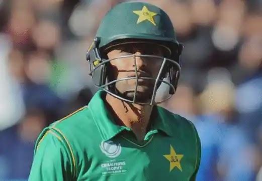 Shoaib Malik Lashes Out at Team Management After Zimbabwe Defeat