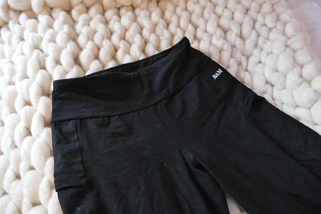 Best Bamboo Clothing Brand in UK, bamboo clothing brand uk, bamboo clothing review, BAM review uk, bamboo leggings uk, bamboo sweatpants uk, best bamboo clothing