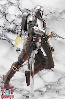 S.H. Figuarts The Mandalorian (Beskar Armor) 67