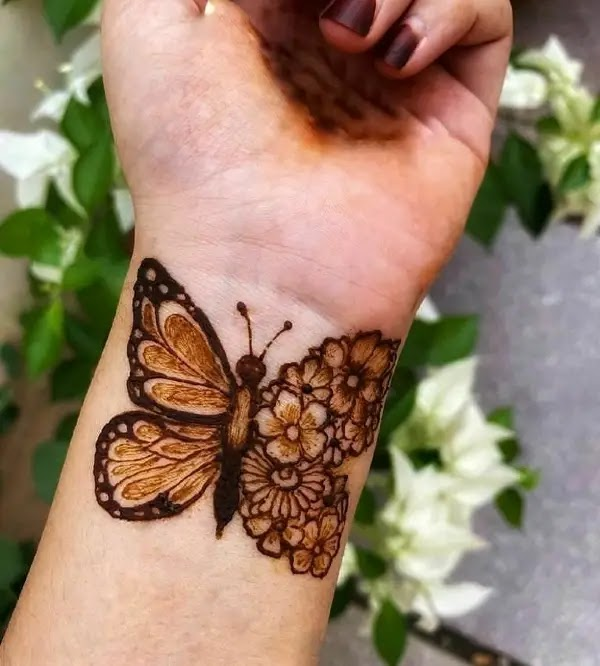 butterfly-mehandi-cone-design