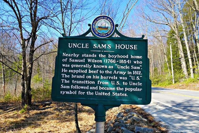 Placa Histórica de la Casa de Samuel Wilson en Mason, New Hampshire