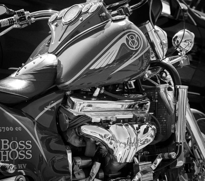 Boss Hoss moottoripyörä 5700 cc