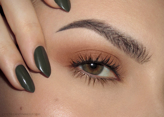 Burnt Orange Eye Look For Green Eyes Khaki Olive Nails Freckles Luminous Skin Feathery Brows Fall Trends 2016