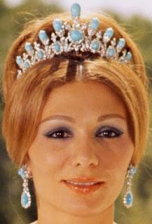 turquoise diamond tiara iran empress farah diba pahlavi