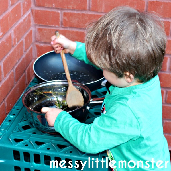 How to make a simple DIY outdoor mud kitchen for kids. Fun outdoor activities for toddlers and preschoolers.