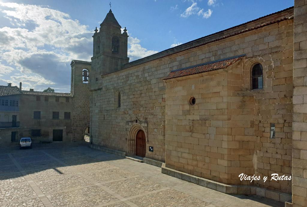 Plaza de España, San Felices de los Gallegos