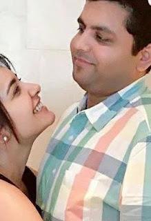 Rashi Khanna Family Husband Parents children's Marriage Photos