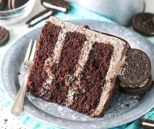 HOMEMADE CHOCOLATE OREO CAKE