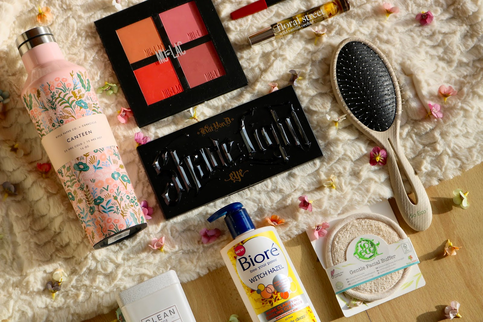 Valentine's Day Eco Gift Guide For Her