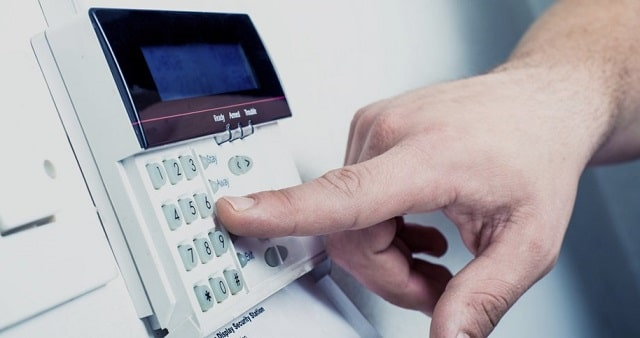 advantages installing security alarms