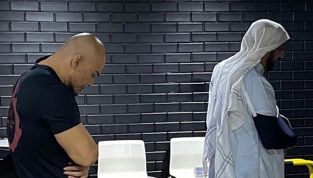 Syekh Ali Jaber Wafat, Deddy Bagikan Potret Saat Diimami Shalat: Di Surga Sana Tak Ada Rasa Sakit dan Penderitaan