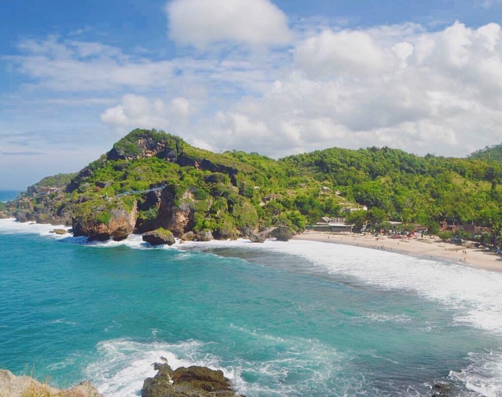 Melihat Pesona Keindahan Pantai Siung Gunung Kidul Yogyakarta