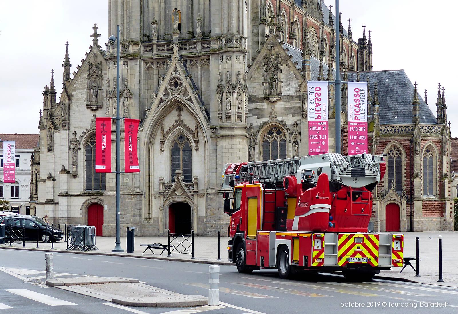 Camion de Pompiers - Tourcoing, Église Saint Christophe