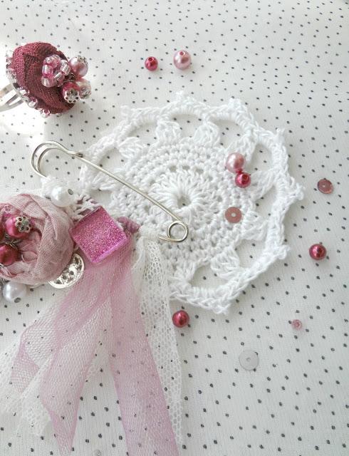 Crochet Doily – free pattern