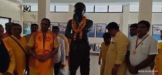 डॉ.चिन्मय पंड्या ने चंद्रशेखर आजाद को श्रद्धा सुमन अर्पित किए