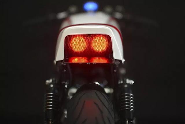Yamaha XJ900R Seca Cafe Racer