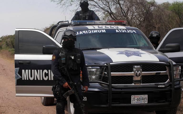 Convoy de sicarios armados hasta los dientes rafaguean la base de la Policía Regional de Chapala, Jalisco, se dan a la fuga