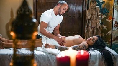 Transsensual – TS Massage Vol. 4 – Eva Maxim & Dillon Diaz